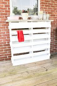 diy pallet patio bar. DIY-wood-pallet-bar-2 Diy Pallet Patio Bar