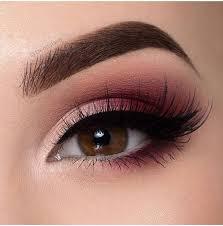 description 11 makeup techniques to make small eyes