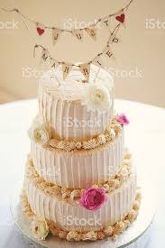 Just Married Wedding Cake Stock Photo More Pictures Of Bakery Istock
