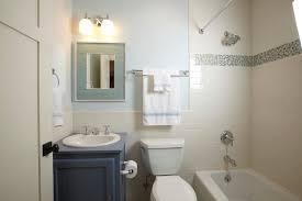 Small bathroom ideas bathroom traditional with small bath small bath