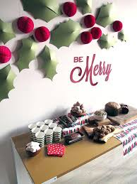 Christmas decoration in office Grinch Christmas Decorations Office Wall Decorations Christmas Decoration Ideas Office Cubicles Buimocretreinfo Christmas Decorations Office Wall Decorations Christmas Decoration