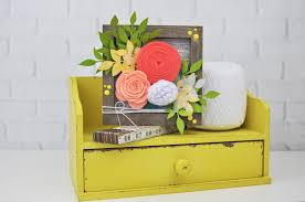 how to add felt flowers to a wooden frame jillibean soup mix the media