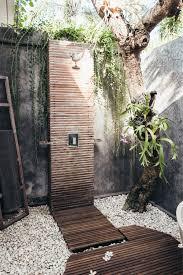 outdoor shower. 23 Outdoor Shower E