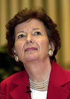 <b>Mary Robinson</b>, UN-Hochkommissarin für Menschenrechte, wird in diesem Jahr an <b>...</b> - 4448884