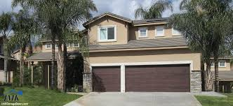 accent plank garage door