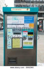 Metrolink Ticket Vending Machine Awesome Metrolink Ticket Machine Stock Photo 48 Alamy