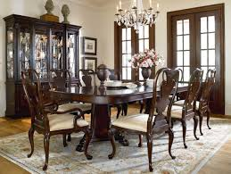 thomasville dining table style
