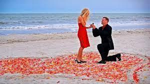 Beach proposal, Romantic beach ...