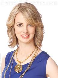 beachy bob light blonde layered look for long faces