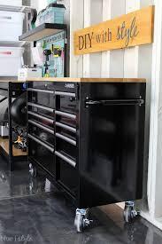 garage workbench organization