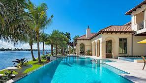 naples beachfront 2 bedroom condo al with loads of amenities naples continental club 613