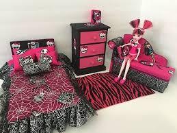 MONSTER HIGH BEDROOM furniture Set: Draculaura. Bed, sofa ,chest,bed Set,lamp