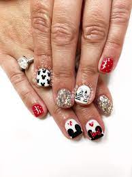 Mickey Mouse, Minnie mouse, Disneyland nails. #PreciousPhan | Minnie mouse  nails, Disneyland nails, Disney nails