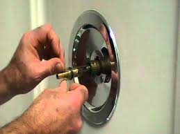 how to repair a leaky single lever moen bath or shower faucet older style