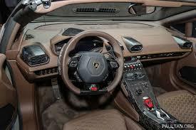 lamborghini huracan interior. a custom ordered interior inside this lamborghini huracan lp6104 spyder n