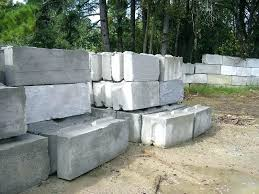 how to build a concrete block retaining wall building a cinder block retaining wall concrete block