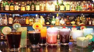Resultado de imagen para una barra de un bar o cantina