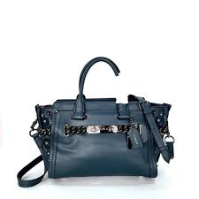 coach swagger 27 in glovetanned leather wi