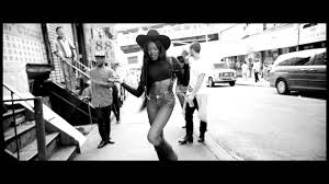 LUXURY - AZEALIA BANKS (**OFFICIAL VIDEO**) - YouTube