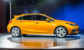 2018 chevrolet cruze hatchback.  2018 gm says the chevrolet cruze hatchback will get an optional 16liter  turbodiesel in 2018 model year the fuelefficient engine be paired with a  throughout chevrolet cruze e