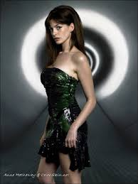 GifAnneHathaway    gif              Ann Hathaway   Pinterest   Wardrobes  We  and Search FunOnTheNet