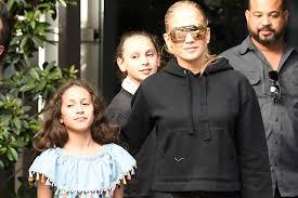 Los hijos de jlo y marc anthony cantan a dueto. Llaman Feita A La Hija De Jennifer Lopez Y Marc Anthony