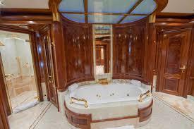 bathroom wraps. Superyacht TITANIA - Master Suite Bathroom Wraps