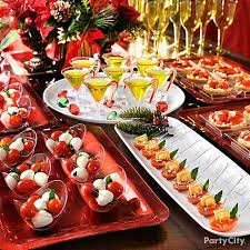 Mini tasting party! Use trays, glasses and cups in small sizes to create a