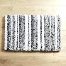 striped bathroom rug gray