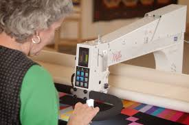 APQS Longarm Quilting Machines and Computerized Quilting System &  Adamdwight.com