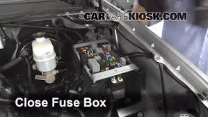 replace a fuse 2007 2013 gmc yukon xl 1500 2007 gmc yukon xl 6 replace cover secure the cover and test component