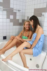 Naked Girls In Bathrooms