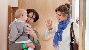 How To Be A Good Baby Sitter Tips For Choosing A Good Babysitter