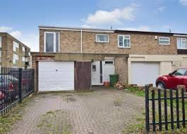 Thumbnail 3 Bedroom Terraced House For Sale In Lynstede, Basildon, Essex