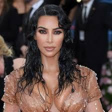 kim kardashian wore a new kkw beauty lip to the 2019 met gala photos allure