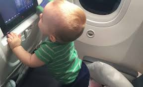 baby can travel inflight enternment for es