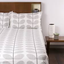 discover the orla kiely scribble soft duvet cover concrete king at amara