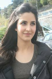 bollywood actress katrina kaif is one of the those actresses who look beautiful without makeup she
