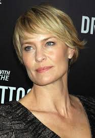 fine short hair side parted for women over 40