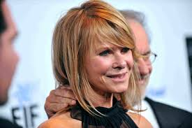 Gorgeous Medium Length Haircuts For Women Over 50