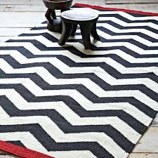 brown zig zag rug brown rug brown rug rug designs brown and white zigzag rug