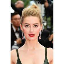 while at cannes 2018 amber heard took a clic look plete with cat eyes and red