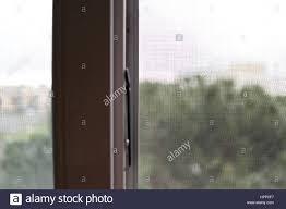 Moskito Netz Auf Ein Pvc Fenster Stockfoto Bild 134478379 Alamy
