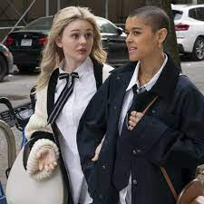 Gossip Girl review – completely stupid ...