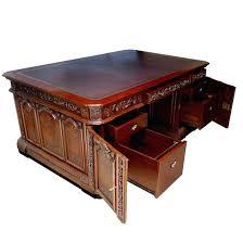 Desk in oval office Jfk Jr Desk In The Oval Office John Resolute Oval Office Desk At The John Presidential Tripadvisor Desk In The Oval Office John Resolute Oval Office Desk At The John