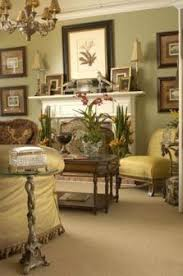 1920's Living Room --- the set-up of the framed art and the