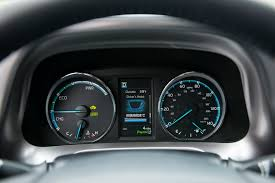 2016 Toyota RAV4 Hybrid Brings Higher Mileage, Refreshed Styling ...