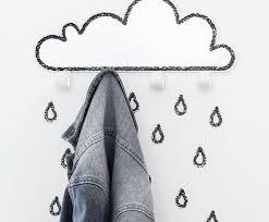 big clouds and small raindrops hook