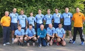 stehend von links nach rechts: Georg Bamberger, Frank Gleixner, Jürgen Weinmann, Simon Geiger, Simon Hieber, ... - mannschaftsfoto_herren2neu
