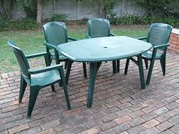 plastic garden table with 4 chairs